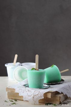 Mint and milk popsicle
