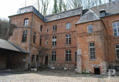 Between Paris and Brussels, close to border, former convent of the 16th, 17th & 19th century - churches sale - Picardy - Patrice Besse Castles and Mansions of France, estate agency specialized in the sale of castles, historic houses and all character building