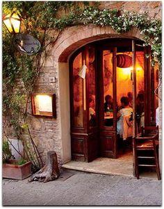 Osteria Acquacheta, a classic restaurant in Montepulciano.