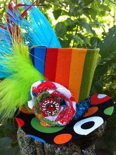 TIny Top Hat - Rainbow <3