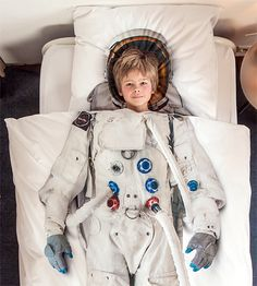 Astronaut Bedding - Where was this when I was a kid?