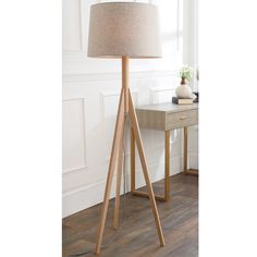 Minimalist Tripod Floor Lamp natural_ash_wood