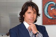 Laurence Llewelyn-Bowen... I have ALWAYS had a crush for this designer!!!