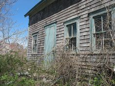 Abandoned House, Block Island