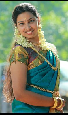 Deeksha Seth (born 14 February is an Indian film actress and model. A finalist in Femina Miss India in she made her acting deb. Most Beautiful Indian Actress, Beautiful Actresses, Beauty Full Girl, Beauty Women, Star Beauty, Women's Beauty, Beautiful Girl Image, Gorgeous Women, Simply Beautiful