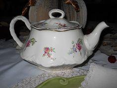 Homer Laughlin tea pot