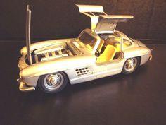1954 MERCEDES BENZ 300 SL GULLWING SILVER 1:24 DIECAST MODEL CAR BBURAGO 22023  #Bburago #MercedesBenz
