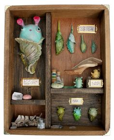 Curiosity Cabinet 2 by Shing Yin Khor Polymer Clay Projects, Polymer Clay Creations, Polymer Clay Art, Diorama, Clay Monsters, Arts And Crafts, Diy Crafts, Clay Figures, Toy Art