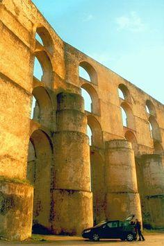 Roman Aqueduct of border city Elvas Portugal #PORTUGALmilenar