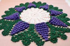 Grape Doily ~ Handmade Doily ~ Cotton Doily ~ Crochet Doily ~ Home Decor ~ Fruit Doily ~ Doily ~ Vintage Doily by ThreeLilPiggys on Etsy Crochet Sunflower, Crochet Mandala, Crochet Motif, Crochet Doilies, Crochet Flowers, Hand Crochet, Crochet Stitches, Cotton Crochet, Doily Patterns