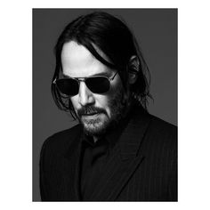 Saint Laurent Fall 2019 Ad Campaign with Keanu Reeves. Saint Laurent's Creative Director Anthony Vaccarello cast actor Keanu Reeves lens by David Sims Keanu Reeves John Wick, Actor Keanu Reeves, Keanu Charles Reeves, Keanu Reeves Meme, David Sims, Looks Black, Black And White, Composition Photo, Yves Saint Laurent