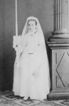 Camille fait sa communion à Bar-Le-Duc, 1872 circa...