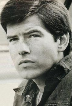 Young Pierce Brosnan in Blue J. is listed (or ranked) 2 on the list 27 Pictures of Young Pierce Brosnan Pierce Brosnan, Pulp Fiction, Yearbook Photos, Celebrity Stars, Celebrity Crush, Young Celebrities, Celebs, Cult, Jolie Photo