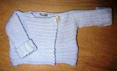 BABY-JACKE NOEL ENEA im Emmental in Handarbeit hergestellt Emmental, Sweaters, Baby, Fashion, Noel, Products, Handarbeit, Jackets, Ideas