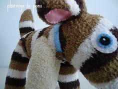 Pierre, o Cão-meia   Sock dog... by phormiga de pano