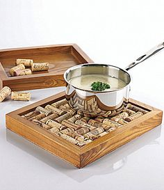 A nice easy DIY if you have some old wine corks and a cigar box lying around