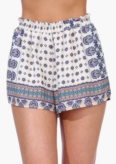 LOVE these Moroco Shorts!  Perfect for summer! Women's teen spring summer fashion clothing outfit