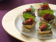 Grilled Beef Tenderloin on Focaccia Toasts Recipe : Tyler Florence : Food Network - Bite-sized open-faced sandwiches of grilled tenderloin and hot chili mayonnaise make for an elegant, savory starter. Summer Appetizer Recipes, Best Thanksgiving Appetizers, Appetizer Ideas, Fun Appetizers, Party Recipes, Thanksgiving 2013, Free Recipes, Holiday Recipes, Grilled Beef Tenderloin