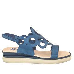Salome | Sandalia Plana Señora | Marino #sandals #flatsandals #sandalias #sandaliasplanas #wandapanda #travel #wandapanda #springsummer18 #bestshoes #bestsandals #fashion #travelsandals #outfit #summeroutfit #sandalsoutfit #summer #zapatos #moda #comodas