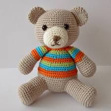 Afbeeldingsresultaat voor gratis haakpatronen knuffels Crochet Bear, Crochet Patterns Amigurumi, Crochet Animals, Crochet Toys, Free Crochet, Eco Friendly Toys, Handmade Toys, Softies, Pet Toys