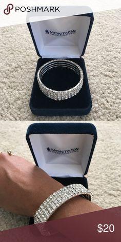 Bracelet Very elegant looking bracelet. Size small montana silversmith Accessories