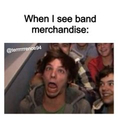 I know that this is a One Direction picture, but that face is so accurate.
