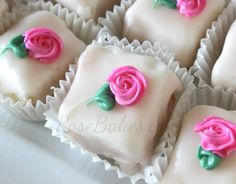 Petit Four Icing (aka Poured Fondant) - Rose Bakes Mais Fondant Rose, Fondant Baby, Fondant Flowers, Mini Cakes, Cupcake Cakes, Car Cakes, Fondant Cakes, Petit Four Icing, Poured Fondant
