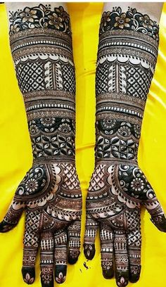 Bridal Mehndi Design Images Here are the best and lalest Henna Mehndi Designs f. Dulhan Mehndi Designs, Mehandi Designs, Arabic Bridal Mehndi Designs, Henna Mehndi, Tattoo Designs, Mehendi, Leg Henna, Henna Tattoos, Henna Hand Designs