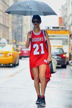 Los mejores outfits de Rihanna