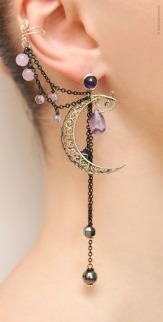 Silver Purple Lilac Night Ear Cuff with Fairy Amethyst Stars and Scroll Moon/ curl open work Moon/ ohr fake faux piercing/ ohrklemme ohrclip – jewelry Cute Jewelry, Body Jewelry, Jewelry Box, Jewelry Accessories, Jewelry Design, Unique Jewelry, Jewlery, Silver Jewelry, Unique Earrings