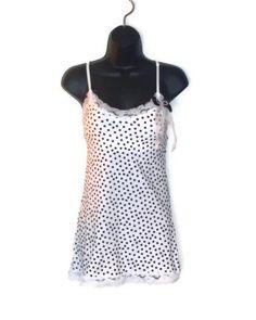 #black or #white #polkadot #bow #tank #top