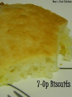 momstestkitchen: 7-Up Biscuits