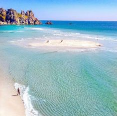 Beautiful beaches of Cornwall. Places In Cornwall, Cornwall Beaches, Devon And Cornwall, Cornwall England, Most Beautiful Beaches, Beautiful Places, Family Friendly Dogs, Cornish Beaches, The Beach