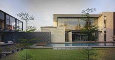 Rumah Bidang in Jakarta, Indonesia / Raul Renanda Design