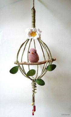 Amigurumi Home Ornaments: 29 Ideas to Get Inspired Crochet Birds, Love Crochet, Crochet Animals, Knit Crochet, Mobiles En Crochet, Crochet Mobile, Crochet Amigurumi, Crochet Dolls, Crochet Home