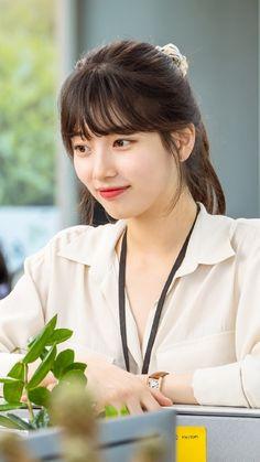 Korean Tv Shows, Beautiful People, Beautiful Women, Starred Up, Ulzzang Korean Girl, Bae Suzy, Kawaii Fashion, Korean Beauty, Aesthetic Girl