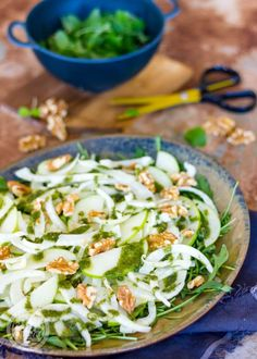 venkelsalade met appel Healthy Snacks, Healthy Recipes, Barbecue, Feta, Side Dishes, Lunch, Cheese, Cooking, Dressings