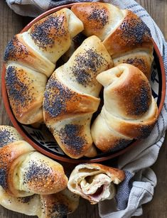 Piece Of Bread, Food Tasting, Sweet Bread, Brunch, Food And Drink, Cooking Recipes, Favorite Recipes, Yummy Food, Meals
