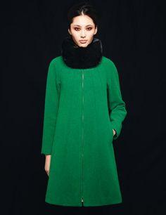 Dramatic, lush green coat. Adore.  #WinterStyle