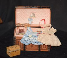 Vintage Doll Miniature Dollhouse Trunk W/ Clothes Accessories Artist