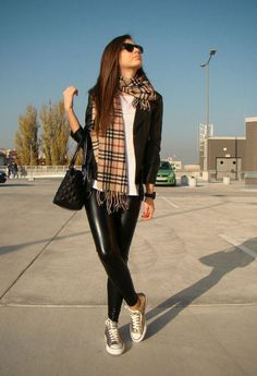 I'll be honest with you guys: leather pants have always stumped me when it comes to styling. When they're worn correctly and paired with the right items, I think they can look amazing – chic, glam, and impossibly cool. But when they're worn with something that doesn't really make sense, they have a tendency to … Read More