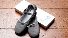 Buy colorful leather ballet shoes for women and kids from Linge Shoes