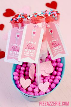 Cute #Valentine's Day Push-Up Pops with Freebie Tag!