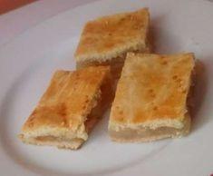 Jablkové zákusky Cornbread, Ethnic Recipes, Food, Basket, Millet Bread, Essen, Yemek, Meals