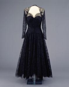 Nina Ricci dress, 1953.