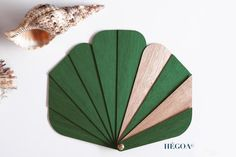 THE GINKGO in raw wood - Hégoa fan with cover - handmade in France - modern accessory for women and men - abanico- handfan Small Fan, Vintage Vibes, Bag Accessories, Crafty, Stone, Hand Fans, Wood, Red Fox, Handmade