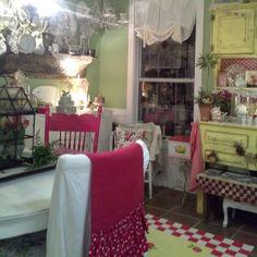 Kathy Long's cottage kitchen - Magnolia Texas★