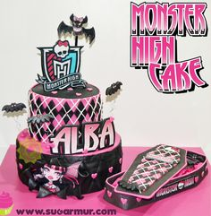 Sugar Mur: Monster High Cake