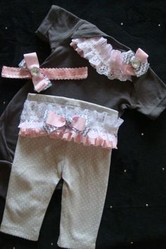 NEWBORN baby girl take home outfit complete by #cute baby #Lovely Newborn #Lovely baby| http://lovely-newborn-photos.hana.lemoncoin.org