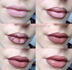 Découvrez cette magnifique tutoriel de maquillage des lèvres, adapté pour cette saison nuances, et peut être créé dans ces quelques étapes s...